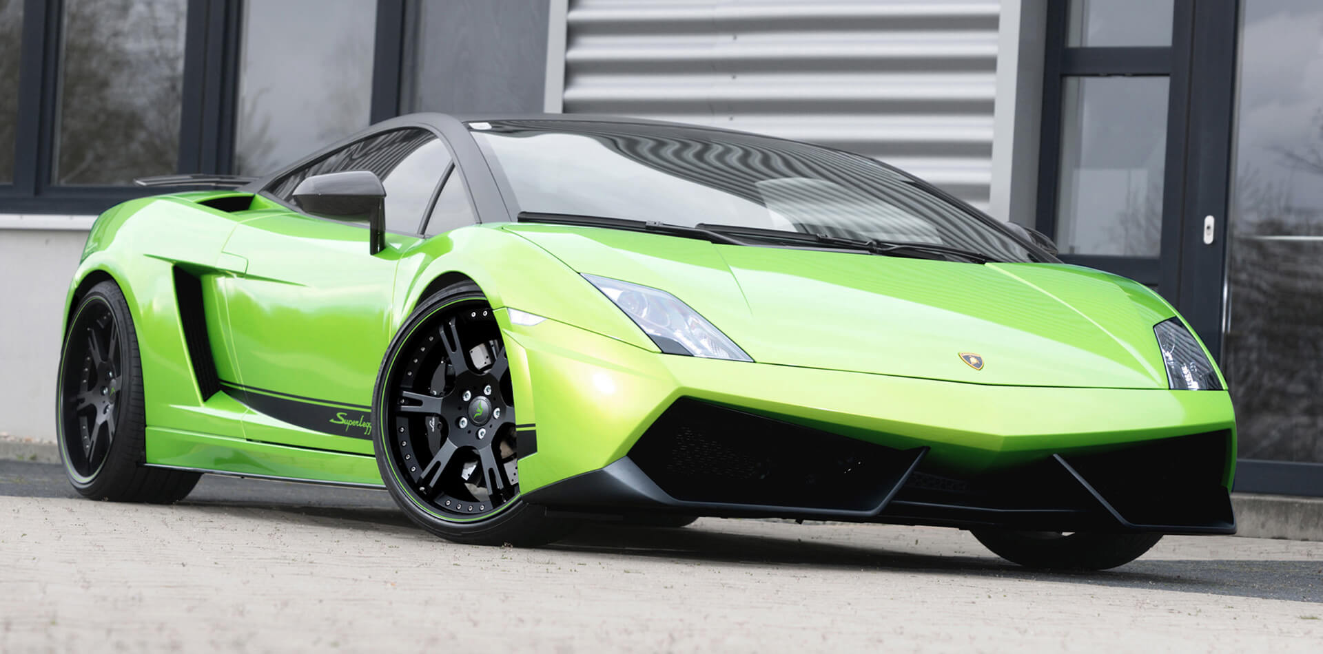 Grün folierter Lamborghini Superleggera by Wheelsandmore Tuning Deutschland