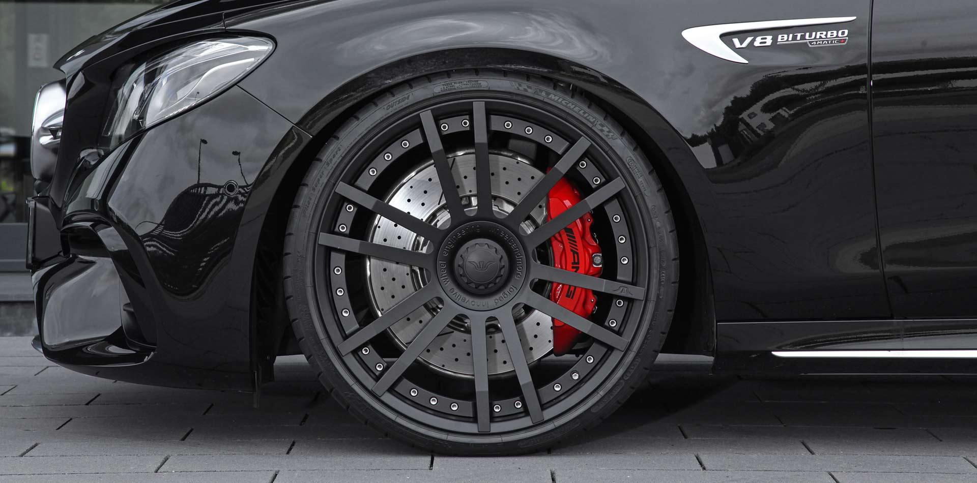 Perfekter Auftrit – FIWE Felge und AMG E63S Bremsanlage