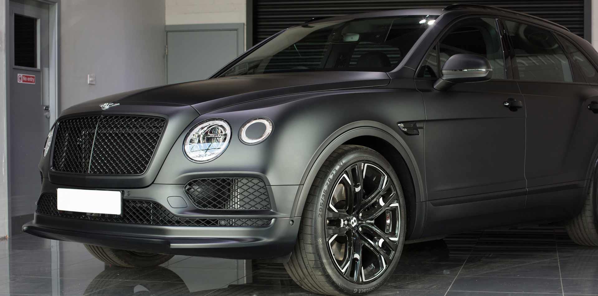 Bentley Bentayga mit Leistungssteigerung auf über 700PS und 23