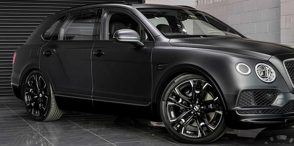 295/35/23 Continental Reifen auf 10×23 Zoll Felge für Bentley B