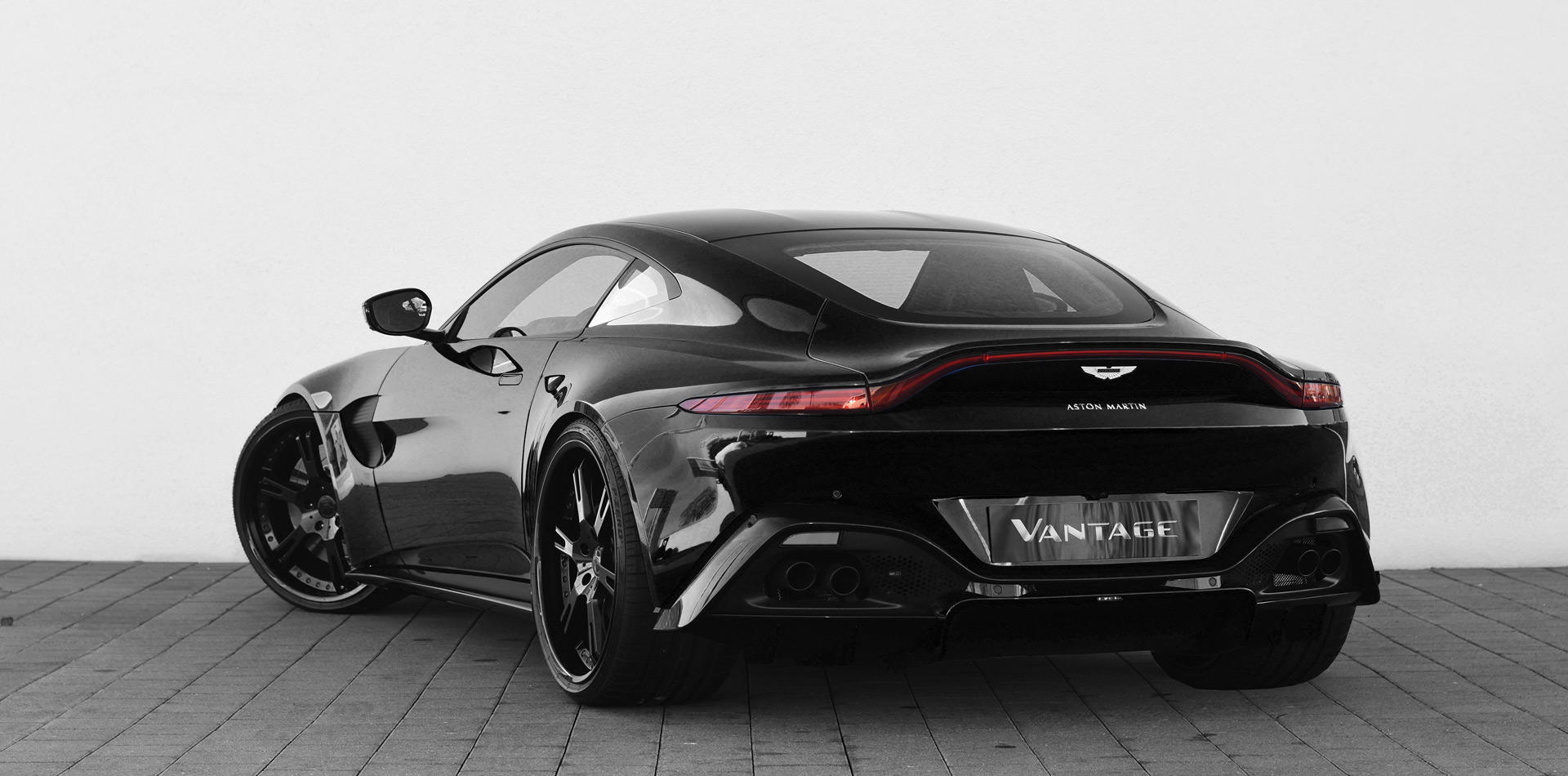 680PS Aston Martin Tuning NEW Vantage